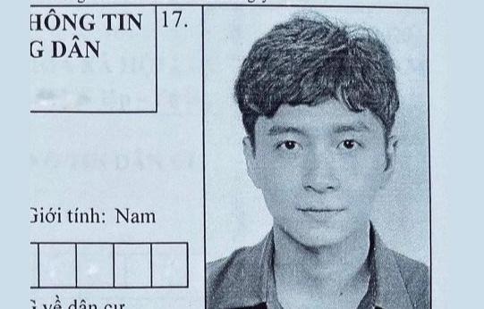 Ngô Kiến Huy khoe ảnh chụp căn cước công dân gây 'bão' mạng - 1