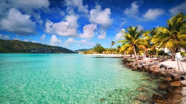 Hòn đảo kỳ lạ có thể khiến mọi vật trở nên cao lớn hơn - 1