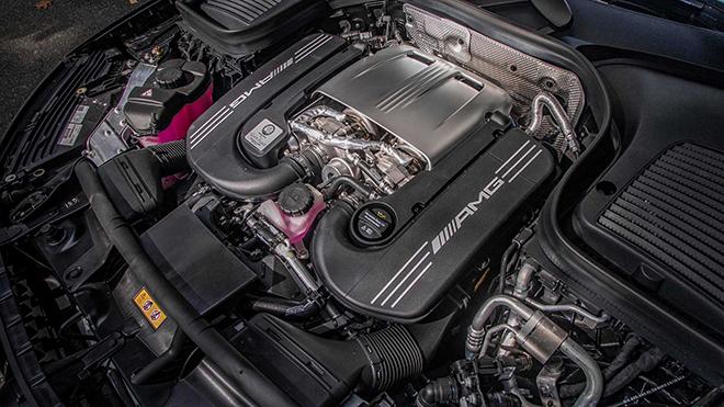 Xe SUV Mercedes-AMG GLC 63S có mặt tại thị trường Mỹ - 9