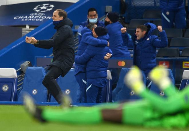 """Tuchel đưa Chelsea vào chung kết Cúp C1, hóa """"hung thần"""" với 6 siêu HLV - 1"""