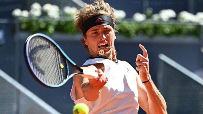 """Video tennis Nadal - Zverev: Bàng hoàng """"vua sân đất nện"""" (Tứ kết Madrid Open) - 1"""