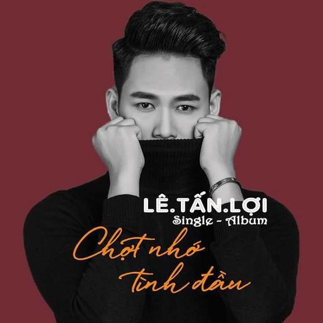 """Anh cũng chuyển dần sang âm nhạc và cho ra single đầu tay mang tên """"Chợt nhớ tình đầu"""" do nhạc sĩ Hoàng Luân sáng tác."""