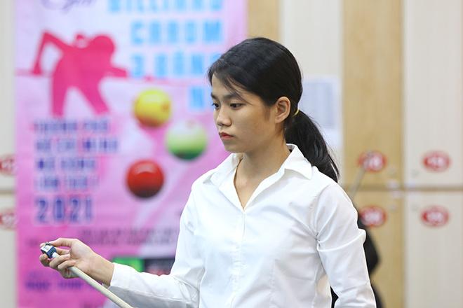 Hot girl bi-a Việt đại chiến, Yến Sinh 18 tuổi gây ấn tượng - 1