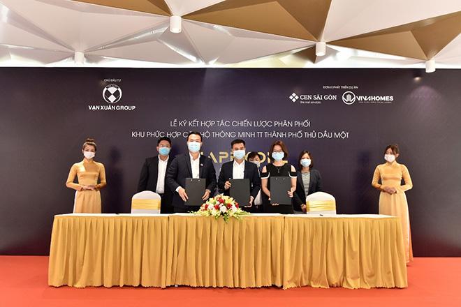 Lễ ký kết hợp tác chiến lược phân phối Happy One - Centralgiai đoạn 2 - 1