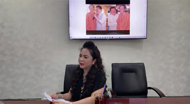 Phản ứng của Hoài Linh trước lùm xùm với bà chủ Đại Nam - 1