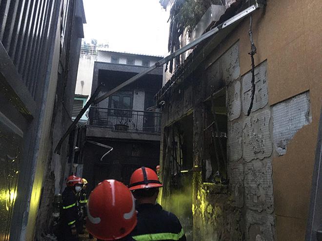 Thủ tướng chỉ đạo khắc phục hậu quả vụ cháy nhà 8 người tử vong ở TP.HCM - 1