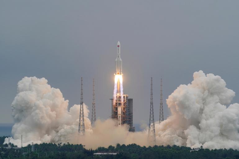 Tên lửa khổng lồ nặng 22 tấn của TQ rơi: NASA lên tiếng chỉ trích - 1
