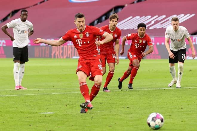 Video Bayern Munich - Monchengladbach: Mãn nhãn 6 bàn, vô địch năm thứ 9 liên tiếp - 1
