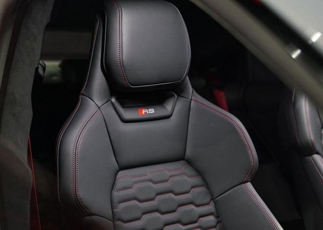 Xe điện Audi e-Tron GT công bố giá bán hơn 2,7 tỷ đồng tại châu Âu - 10