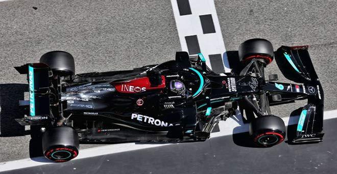 Đua xe F1, Spanish GP: Hamilton ngược dòng, san bằng kỷ lục huyền thoại - 1