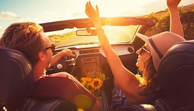 Bí quyết lái xe du lịch an toàn - 1