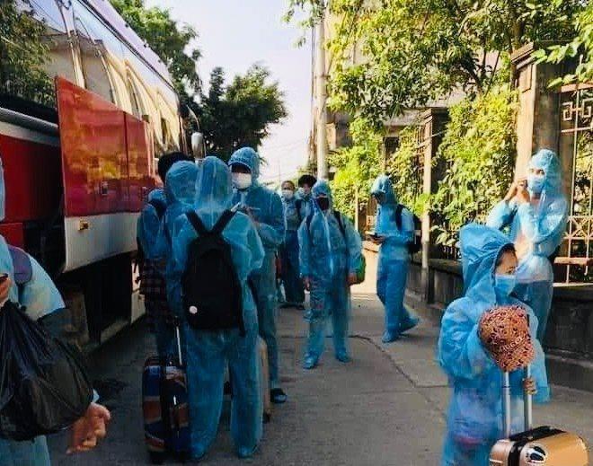 Sáu học sinh mắc COVID-19, các trường học ở Bắc Ninh họp khẩn - 1
