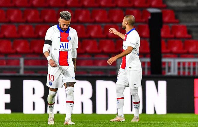 PSG sắp thành cựu vương Ligue 1: Pochettino lo sốt vó, dễ bị sa thải - 1