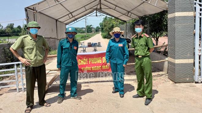 60 ca dương tính SARS-CoV-2 tại ổ dịch nguy hiểm Shin Young, giãn cách xã hội 1 huyện - 1
