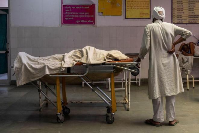 WHO công bố báo cáo mới về biến chủng B.1.617, Ấn Độ có số ca tử vong cao kỉ lục - 1