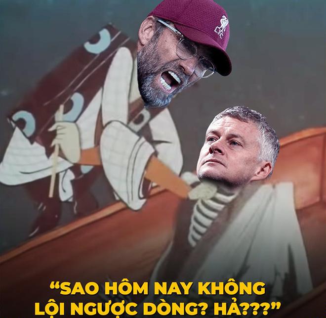 """Ảnh chế: Nghi vấn MU cố tình thua để """"ngáng đường"""" vào top 4 của Liverpool - 1"""