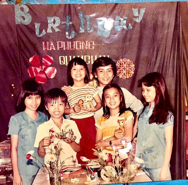 Ảnh hiếm của bộ 3 chị em tỷ phú đình đám showbiz Việt: Nhan sắc gây ngỡ ngàng - 1