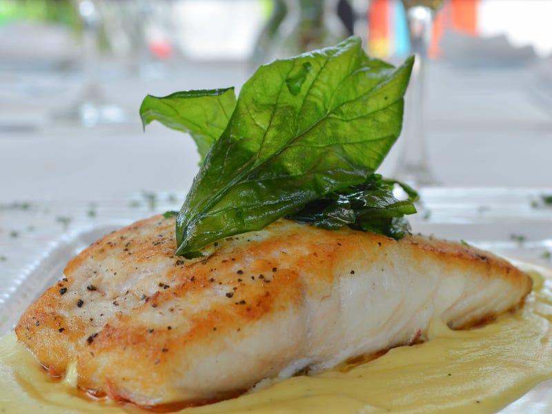 Những đầu bếp nổi tiếng thế giới bật mí cách chế biến hải sản cực ngon - 1