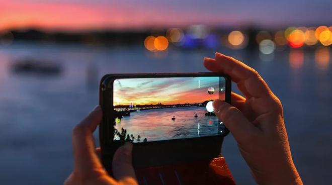 Top smartphone chụp ảnh tuyệt vời nhất đầu năm 2021 - 1