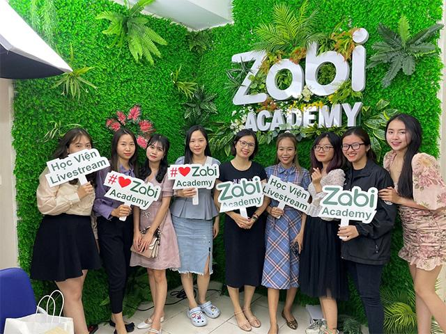 Zabi Store: Thế giới mua sắm tất tần tật của gia đình bạn - 1