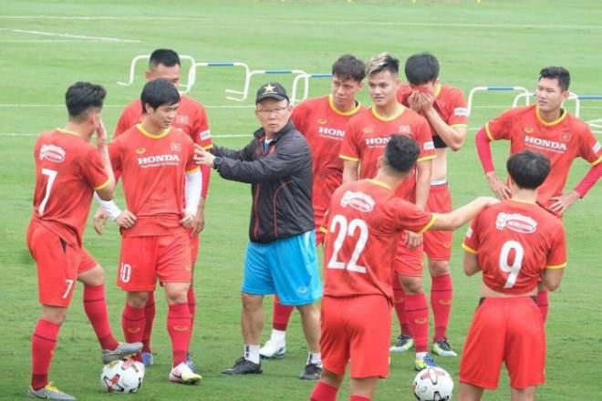 """Không thể """"cách mạng"""", thầy Park dùng """"binh pháp"""" gì ở vòng loại World Cup? - 1"""