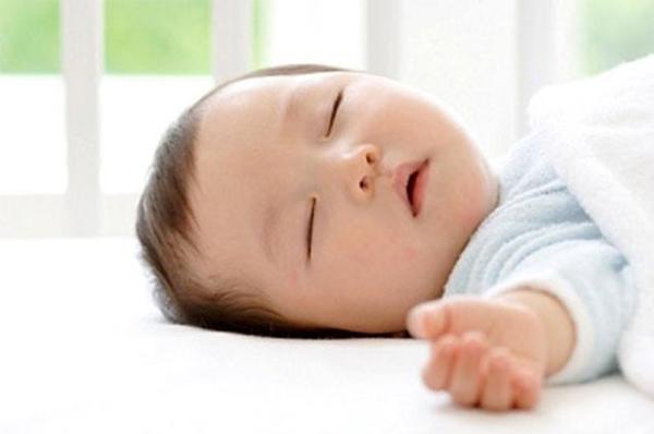 Pharmacy Mạnh Tý đồng hành cùng SOKI TIUM đem giấc ngủ về với các bé miền Trung - 1