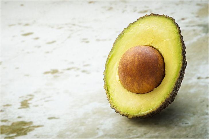 Thực phẩm nào giúp bạn trẻ đẹp ra tới 10 tuổi? - 1