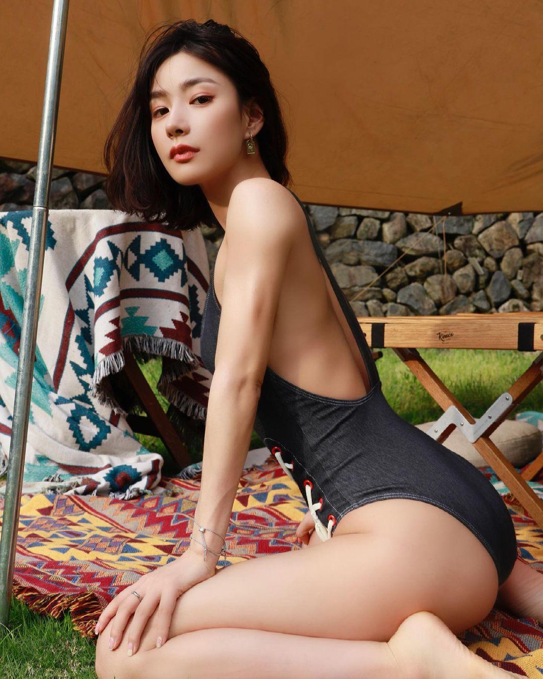 Người đẹp phòng gym Trung Quốc sở hữu body 0% mỡ thừa - 1