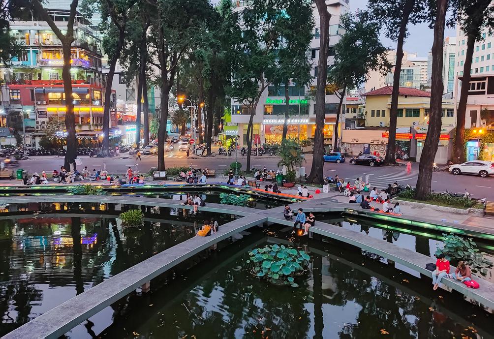 """Hình ảnh vỉa hè """"rách nát"""" quanh hồ nổi tiếng bậc nhất Sài Gòn được đề xuất """"thay áo"""" mới bằng 50 tỉ đồng - 4"""