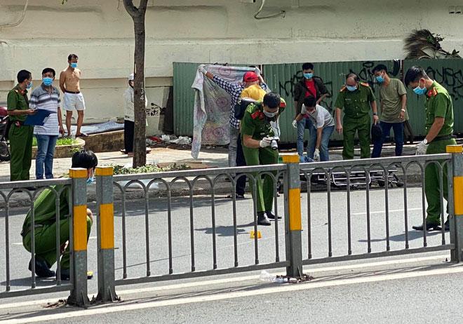 Người đàn ông bị đâm chết trước cổng bệnh viện ở Sài Gòn - 1