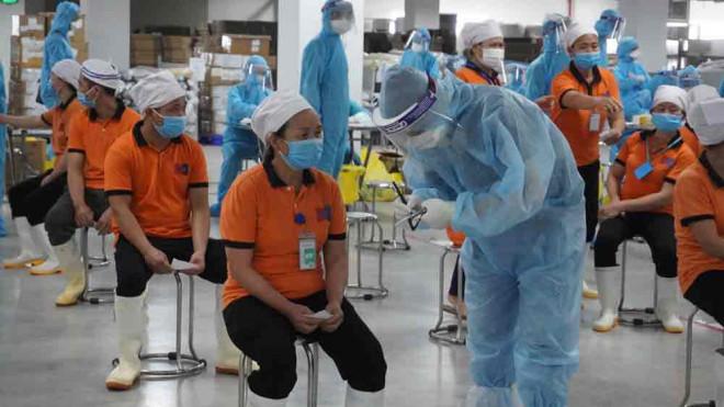 Thêm 79 ca dương tính SARS-CoV-2, xuất hiện ổ dịch mới trong khu công nghiệp ở Bắc Giang - 1