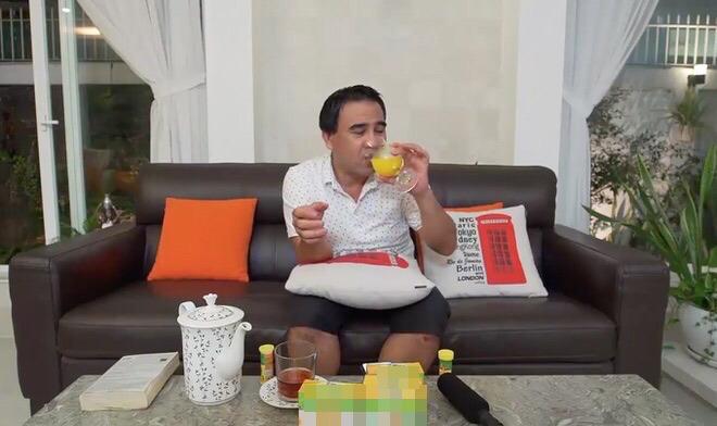 MC Quyền Linh bị fan trách móc vì quảng cáo sản phẩm kém chất lượng - 1