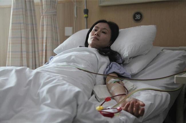 Em gái hứa hiến tuỷ nhưng đột nhiên bốc hơi, chị gái may mắn thoát chết phẫn uất khi biết nguyên nhân - 1