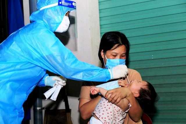 Hà Nam thêm 5 ca dương tính với SARS-CoV-2 ở ổ dịch thôn Phú Đa - 1