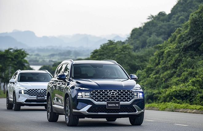 Hyundai SantaFe bản nâng cấp ra mắt thị trường Việt, giá hơn 1 tỷ đồng - 10
