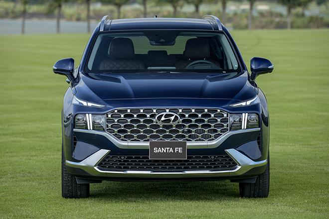 Hyundai SantaFe bản nâng cấp ra mắt thị trường Việt, giá hơn 1 tỷ đồng - 9