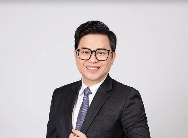 Thân thế quyền Tổng giám đốc ngân hàng trẻ nhất Việt Nam - 1
