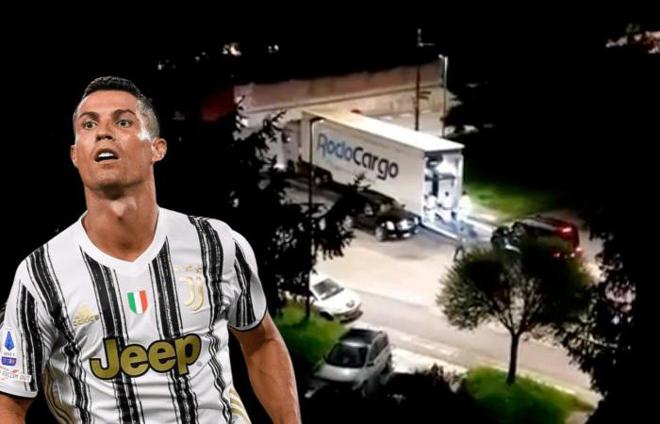 Ronaldo khiến Juventus sốc nặng: Bí mật chuyển hết siêu xe rời Italia giữa đêm - 1