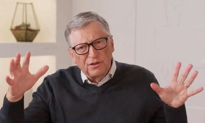 Điều gây chú ý ở tỷ phú Bill Gates trong lần đầu xuất hiện sau tuyên bố ly hôn - 1