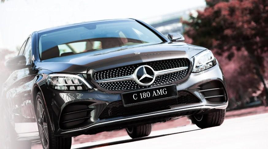 """C180 AMG vs Accord: Honda có gì để """"đọ sức"""" với xe """"Mẹc"""" ở tầm giá 1,5 tỷ đồng? - 1"""