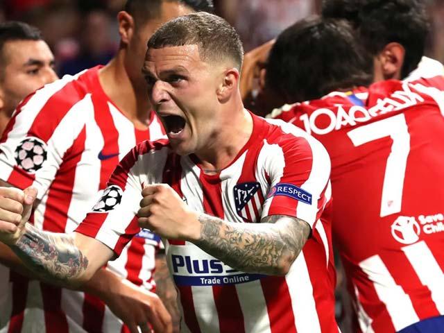 """Atletico ăn mừng chức vô địch La Liga: Suarez bật khóc, fan """"quẩy"""" tưng bừng"""