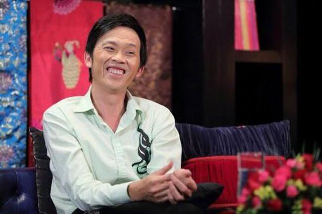 Nhắc đến khối tài sản của nghệ sĩ Hoài Linh phải kể đến sở thích sưu tầm kim cương và những khối trầm hương có giá hàng trăm tỷ đồng.