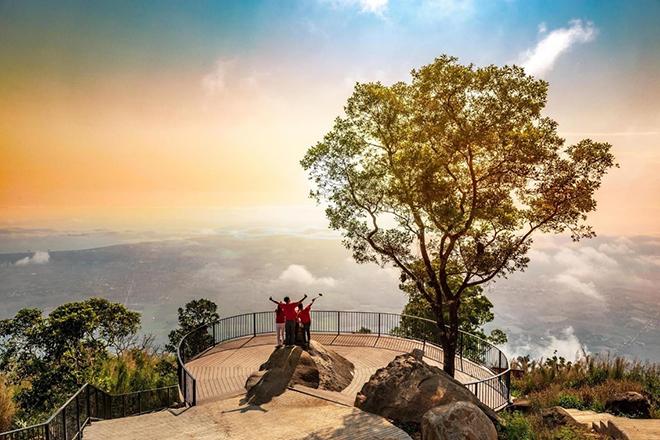 Top địa điểm du lịch tâm linh tại Tây Ninh nhất định phải đến - 1