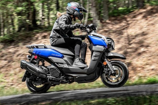 Ngắm xe ga phượt 2022 Yamaha Zuma 125, nhỏ mà sừng sỏ đáo để - 1
