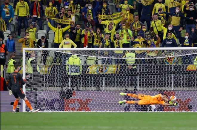MU thua đau Villarreal chung kết Europa League: Cay đắng ác mộng 11m tái hiện - 1