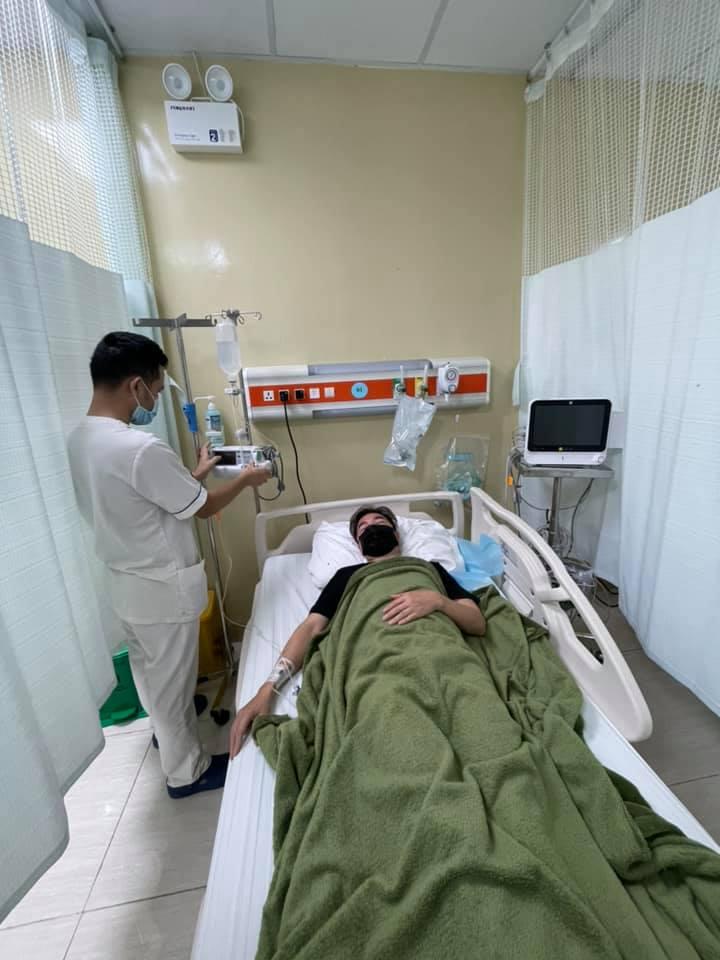 Đàm Vĩnh Hưng bất ngờ nhập viện sau ồn ào quyên góp từ thiện - 1