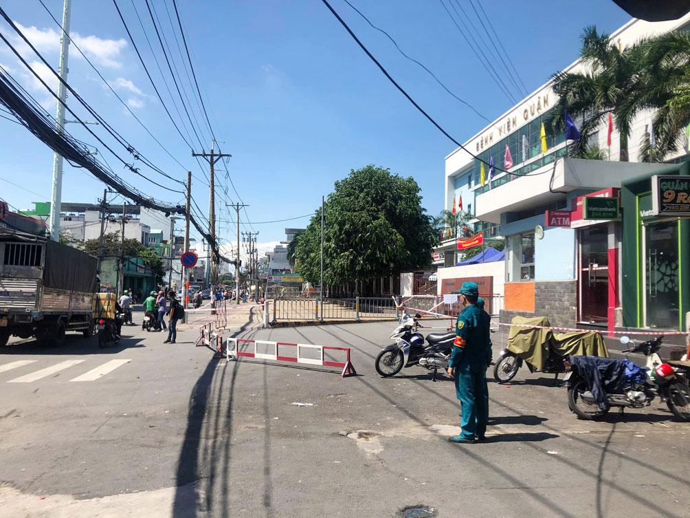 TP.HCM: Phong tỏa bệnh viện quận Tân Phú - 10