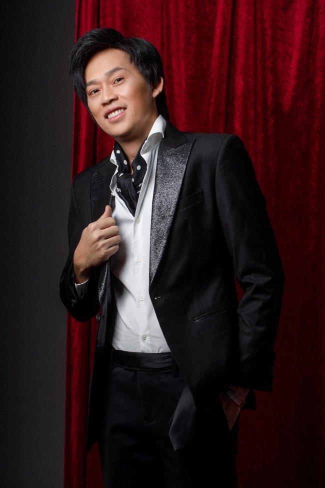 Nổi tiếng, quyền lực bậc nhất showbiz Việt, Hoài Linh là nghệ sĩ đắt show và có mức cát-xê cao ngất ngưỡng.