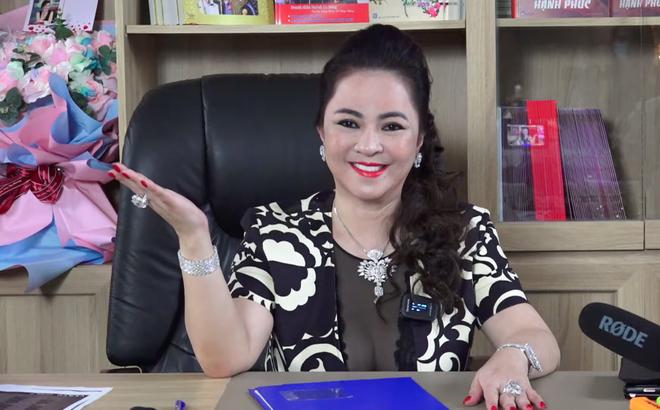"""Bà Phương Hằng bất ngờ hủy buổi livestream 29/5, có công văn """"nhắc nhở"""" của Bộ - 1"""