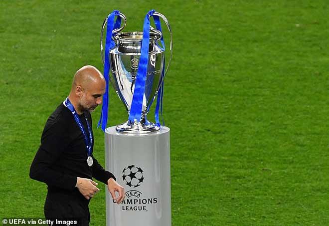 """Man City mất 2 cúp vì thua Chelsea, Pep lo ngay ngáy tử huyệt """"số 9 ảo"""" - 1"""